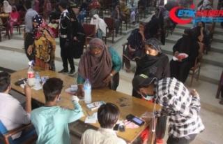 Pakistan'da Kovid-19 vaka sayısı 22 bini aştı