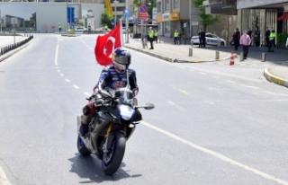 Sofuoğlu ve Razgatlıoğlu yerli ve milli lastiklerle...