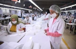Tekstil sektörü bez maskeye ihracat iznini değerlendirdi