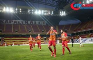 12 hafta sonra 'dipten' çıkan Kayserispor'da...