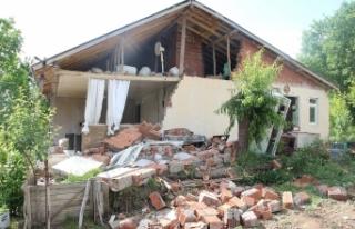 """AFAD: """"Bingöl'de 271 artçı deprem meydana..."""