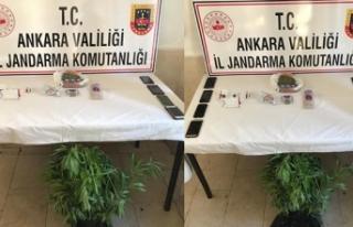 Ankara'da jandarmadan uyuşturucu tacirlerine...