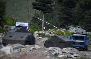 Hindistan, Çin sınırına obüs ve tank konuşlandırdı