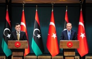 Erdoğan-Serrac ortak basın toplantısı düzenledi