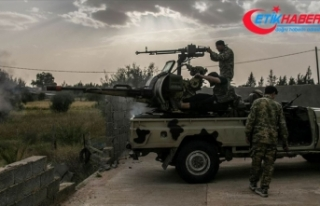 Libya Ordusu stratejik Yermuk Askeri Kampı çevresinde...