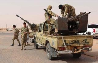 Libya ordusu: Sirte ve Cufra'yı paralı askerlerden...