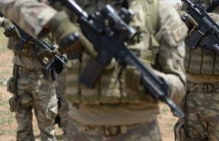 MSB: Komandolar Pençe-Kaplan Operasyonu'na katılmak...