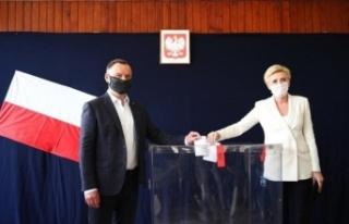 Polonya'da cumhurbaşkanlığı seçimleri ikinci...