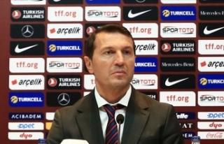 A Milli Futbol Takımı'nın yardımcı antrenörü...