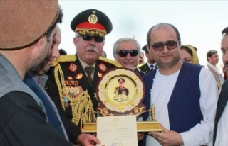 Afganistan'da Raşid Dostum'a 'mareşallik'...