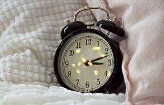 Alarm kurarak uyananlara 'biyolojik saat'...