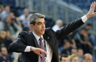 Baskonia, yardımcı antrenörlük için Murat Bilge...