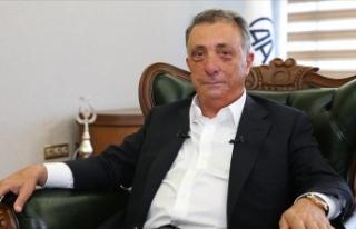 Beşiktaş Kulübü Başkanı Çebi: 10 milyon lira...