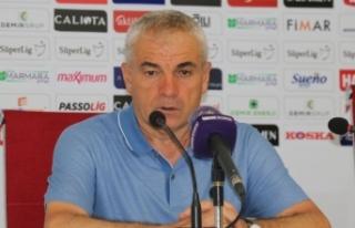Sivasspor Teknik Direktörü Rıza Çalımbay takımına...