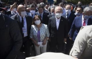 CHP Genel Başkanı Kılıçdaroğlu, kurultay salonuna...