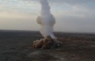 İran, askeri tatbikatında ilk kez yerin altından...
