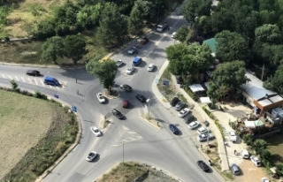 İstanbul'da jandarmadan helikopterle trafik...