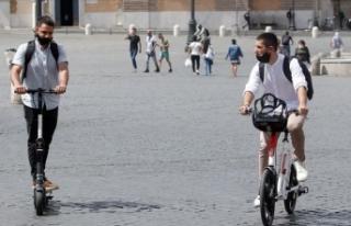 İtalya'da Covid-19 vak'alarında rekor artış