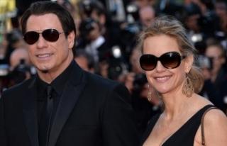 John Travolta'nın eşi kanserden hayatını...
