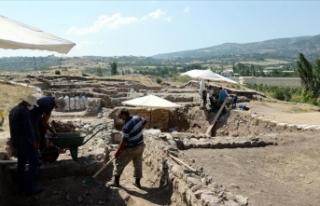 Komana Antik Kenti'nde Bizans dönemine ait 'kilise'...