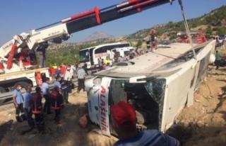"""Mersin Valiliğinden güncelleme: """"Kazada 2 şöför..."""