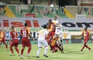 Süper Lig: Aytemiz Alanyaspor: 4 - Galatasaray: 1...
