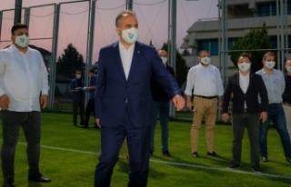 Süper Lig hedefine kilitlenen Bursaspor'a 2...