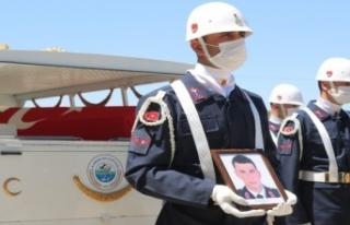 Trafik kazasında hayatını kaybeden teğmen son...