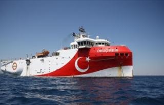 Bakan Dönmez: Oruç Reis Akdeniz'de çalışma...