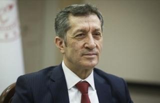 Milli Eğitim Bakanı Selçuk'tan imam hatiplilerle...