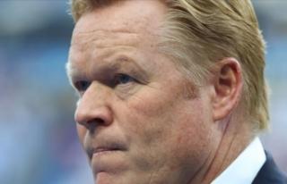 Barcelona'da yeni teknik direktör Ronald Koeman...