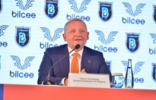 Başakşehir yeni sezon formalarını tanıttı