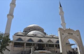 Hakkari'de yapımı tamamlanan Ulu Cami ibadete...
