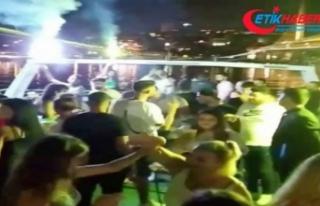 """İstanbul Boğazı'nda salgına rağmen """"korona..."""