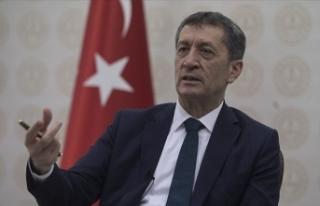 Milli Eğitim Bakanı Ziya Selçuk, rehberlik hizmetlerinde...