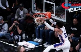 NBA'de Philadelphia 76ers'tan Houston Rockets'a...
