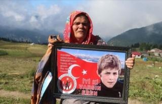 Şehit Eren Bülbül'ün annesi: Şehit yavrum...
