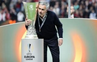 UEFA Avrupa Ligi'nin en başarılı teknik direktörleri