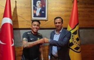 Yeni Malatyaspor Cueva ile sözleşme imzaladı