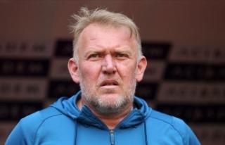 Yukatel Denizlispor teknik direktör Robert Prosinecki...