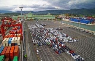 Ağustos ayında ihracat yüzde 5,7 azaldı, ithalat...