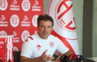 """Antalyaspor'da Tamer Tuna hedefi belirledi: """"Avrupa"""""""