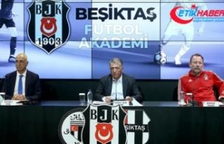 Beşiktaş'ın altyapısında Mehmet Ekşi ile...