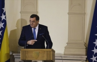 Bosnalı Sırp liderin 'Büyükelçiliği Kudüs'e...