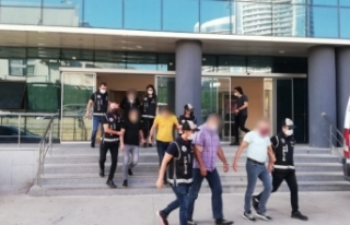 Bursa'da tefeci operasyonu: 3 tutuklama