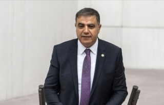 CHP Hatay Milletvekili Mehmet Güzelmansur'un...