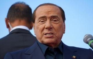 Covid-19'a yakalanan Berlusconi'nin durumu iyiye...