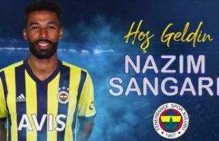 Fenerbahçe'nin milli futbolcusu Nazım Sangare...