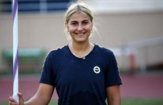 Fenerbahçeli milli ciritçi Eda Tuğsuz: Fenerbahçe,...