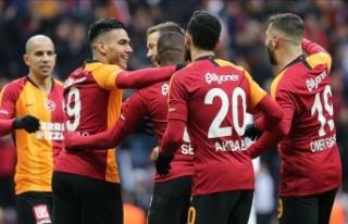 Galatasaray sezonu sahasında açıyor